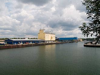 Rhine–Herne Canal - The port of Gelsenkirchen