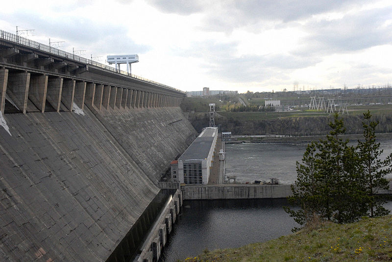 File:RIAN archive 154495 Dam of Bratsk hydroelectric power plant.jpg