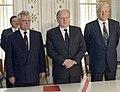 RIAN archive 52076 Leonid Kravchuk, Stanislav Shushkevich and Boris Yeltsin (cropped).jpg