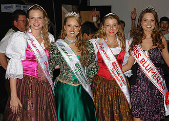 Oktoberfest of Blumenau - Queen and Princess of Oktoberfest and Miss Blumenau