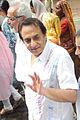 Ranjeet at Dara Singh's funeral 20.jpg