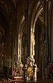 Rechtes Seitenschiff Stephanskirche.jpg