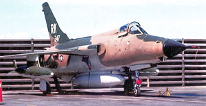 Republic F-105D-31-RE Thunderchief 62-4347 333d TFS Takhli.jpg