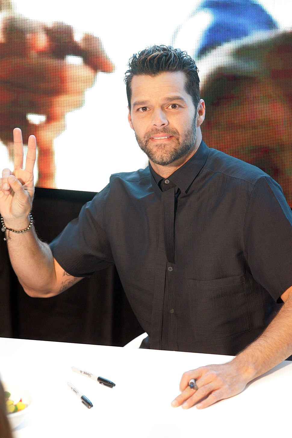 Ricky Martin in store appearance, Sydney Australia (1)