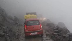 Податотека:Road to Rohtang pass on the Manali-Leh Highway, 4 stabilized.webm