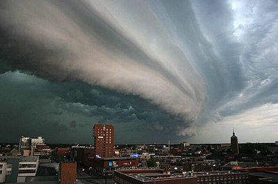 A shelf cloud associated with a heavy or severe thunderstorm over Enschede, The Netherlands.