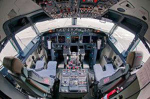 S7 Airlines Boeing 737-800 flight deck Beltyukov.jpg