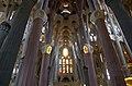 Sagrada Familia Inside 6 (5839251803).jpg