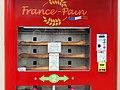 Saint-Escobille-FR-91-distributeur de pains-a2.jpg