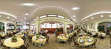 Sala ristorante del Liverpool Hotel Rimini All Inclusive a Rivazzurra di Rimini, il primo hotel costruito a Rimini (nel 1905)