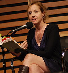 Samantha Nutt reading at Canada Reads