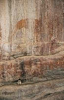 1000 – 2000 years old San-paintings near Murewa (ZW)