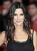 Photo o Sandra Bullock at the premiere o The Heat in 2013.