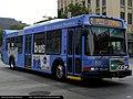 Santa Monica Big Blue Bus NABI 40-LFW 4009.jpg