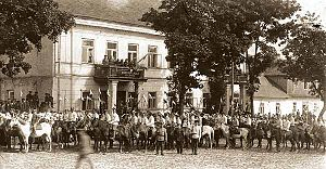 Polish–Lithuanian War - Cavalry parade in Sejny