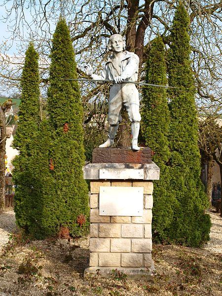 Statue de Blaise Rigault à Sergines (Yonne, France)