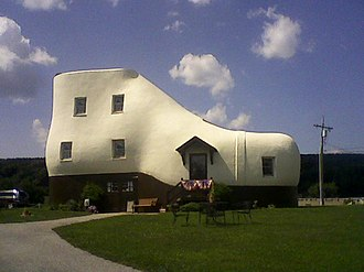 Hallam, Pennsylvania - Haines Shoe House