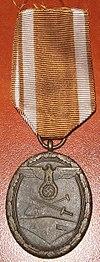 Shutzwall medal.jpg
