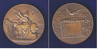 Pigeon post - Siege of Paris 1870–1871, pigeon post medal by the artist Charles Degeorge.