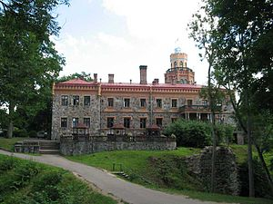Sigulda Castle - Image: Sigulda Castle backside