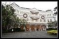 Singapore Raffles Hotel Entrance-03 (6593060879).jpg
