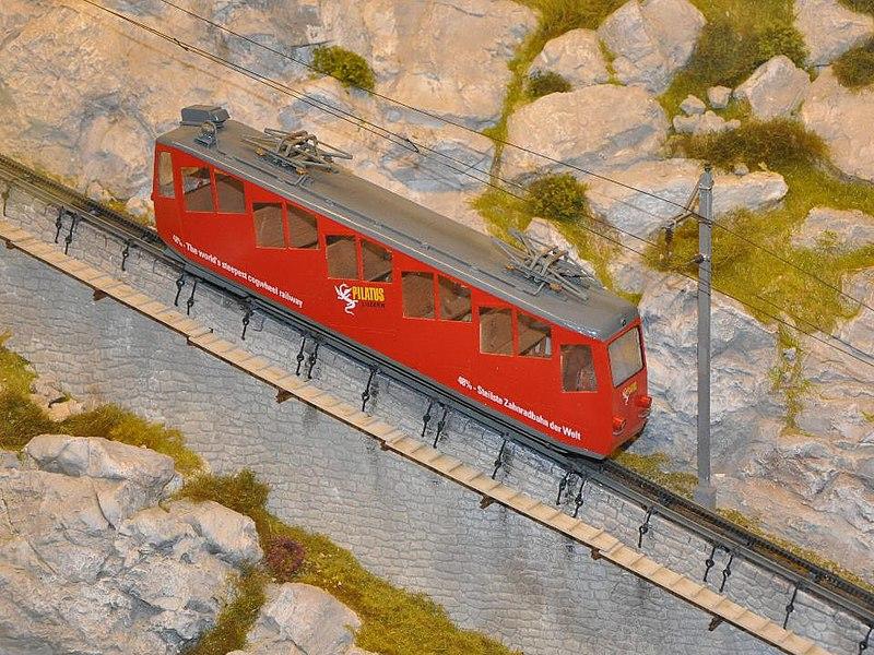 Pilatus Railway 皮拉图斯铁路是世界上最陡的齿轨铁路 - wuwei1101 - 西花社