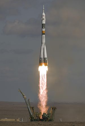 Soyuz TMA-13 - Soyuz TMA-13 lifts off from Gagarin's Start.