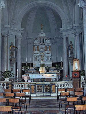 Flaminio Vacca - Chapel of the Sacramento with a marble tabernacle sculpted by Flaminio Vacca (1587) in the church of San Lorenzo; Spello, Italy