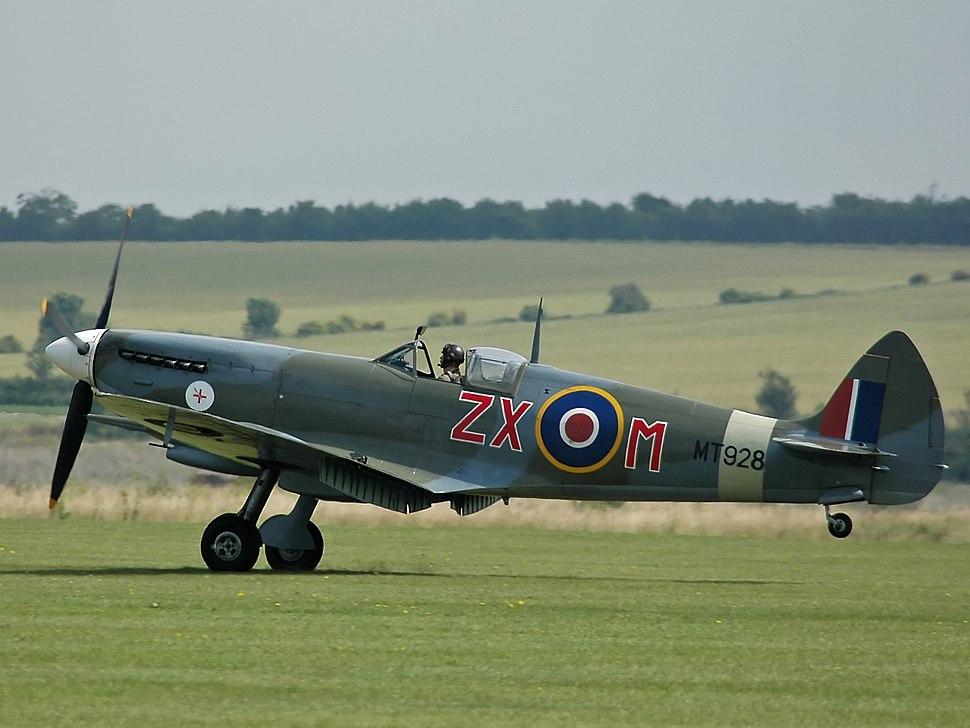 Spitfire VIII MT928