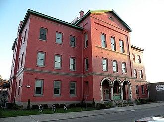 Strip District, Pittsburgh - Image: Springfield Public School