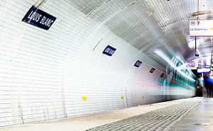 Louis Blanc (Paris Métro) - Image: Station de métro Louis Blanc