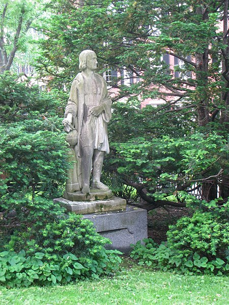 File:Statue in Louisburg Square, Boston - IMG 3939.jpg