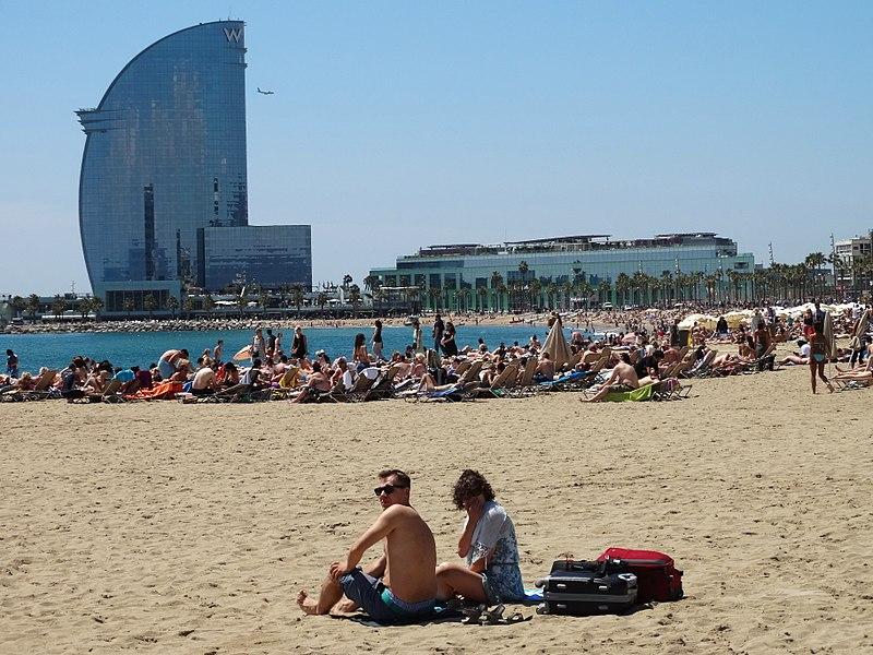 Почти полмиллиона британцев потеряют всю стоимость своих путевок в Испанию