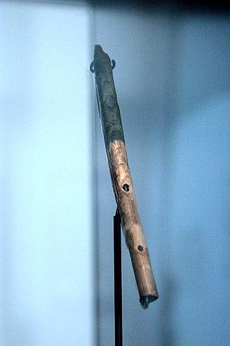 Aurignacian - Image: Super alte Flöte