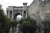 Tébessa-Porte Caracala.jpg