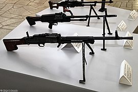 TKB-464 and TKB-015 machine guns at Tula State Museum of Weapons 01.jpg