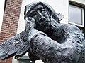Texel - Den Hoorn - Herenstraat - Statue of Jutter - Beachcomber in front of the Village Hall.jpg