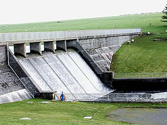 Civil parishes in Cornwall - Image: The Dam at Crowdy Reservoir geograph.org.uk 380089