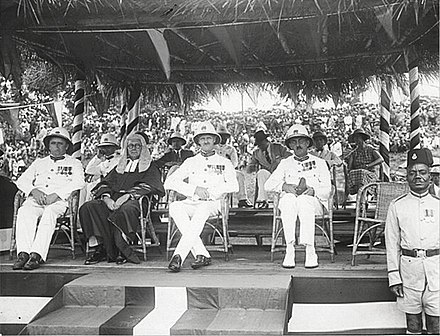 British colonial officers in Kumasi, 1937 The National Archives UK - CO 1069-39-2-1-001.jpg