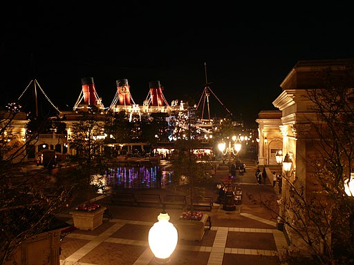 The Night of Disney Sea(東京ディズニーシーの夜) - panoramio