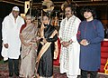The President, Smt. Pratibha Devisingh Patil with the members of Louis Banks, Sivamani, Niladri Kumar and Hariharan after their concert, at Rashtrapati Bhavan, in New Delhi on March 20, 2010.jpg