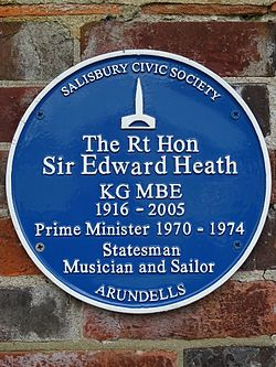 The rt hon sir edward heath kg mbe 1916 2005 prime minister 1970 1974 statesmen musician and sailor arundells