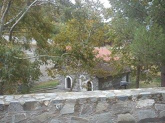 Kyperounta - Image: The church of Virgin Mary (Panagia) and Chrysosotiros at Kyperounta 3