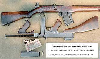 Thompson Autorifle (top, upright) and SMG Model (bottom, inverted) of 1921 Thompson 21 and Rifle.JPG