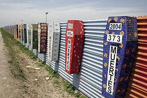 http://upload.wikimedia.org/wikipedia/commons/thumb/d/da/Tijuana-san_diego_border_deaths.jpg/300px-Tijuana-san_diego_border_deaths.jpg