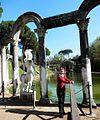 Tivoli- Hadrianus császár - 'Villa Adriana' romkertje26.JPG