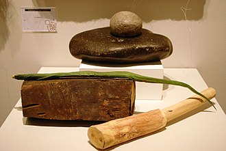 Agave americana - Tools used to obtain agave's ixtle fibers, at the Museo de Arte Popular, Mexico City D.F.