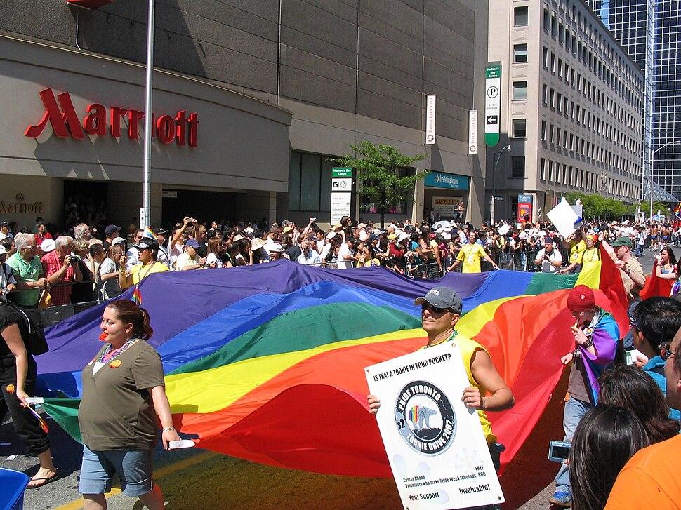 Toronto Pride Parade 2007.jpg