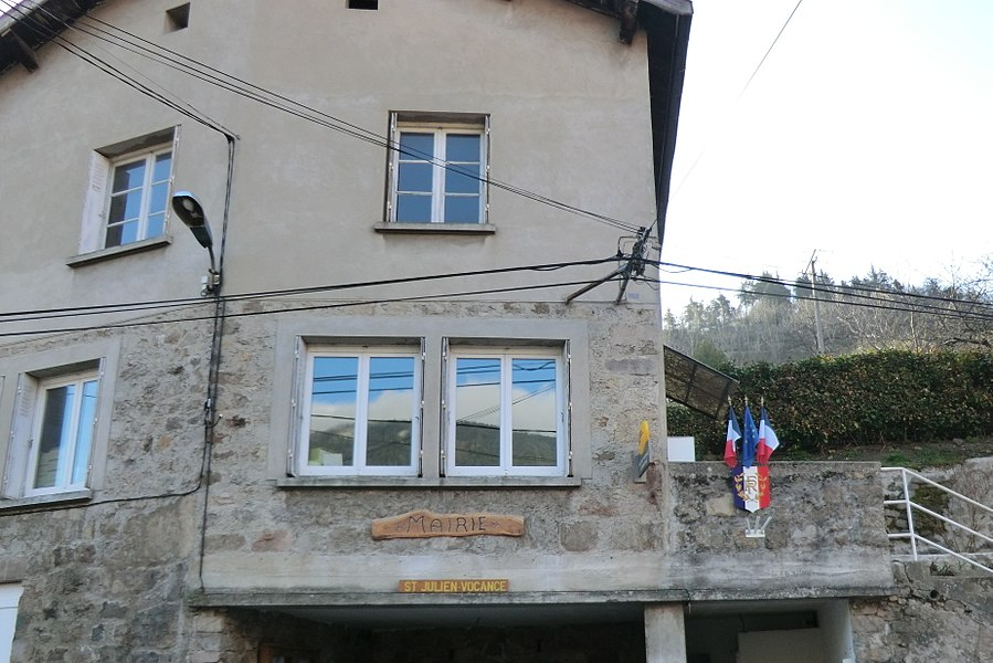 Town hall of Saint-Julien-Vocance.