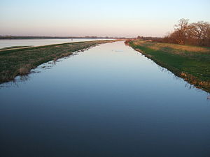 Tranquility - The Ouse Washes at Sutton Gault ...